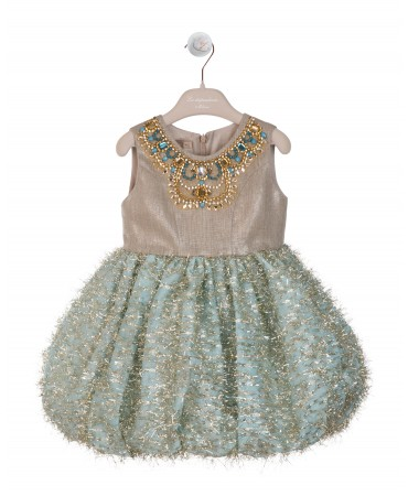 BALLOONED DRESS WITH NECKLACE