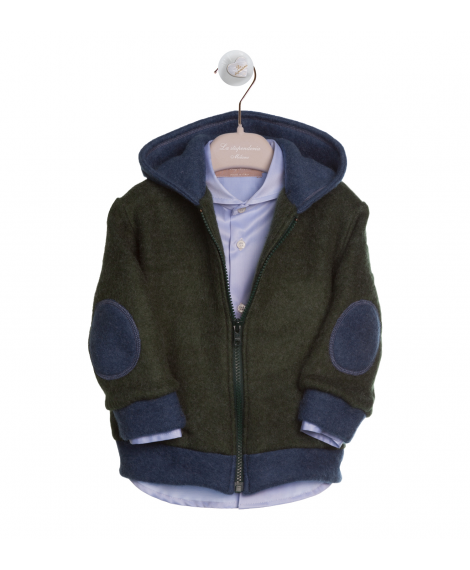 PULLOVER WITH HOOD