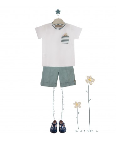 WHITE AND GREEN T-SHIRT